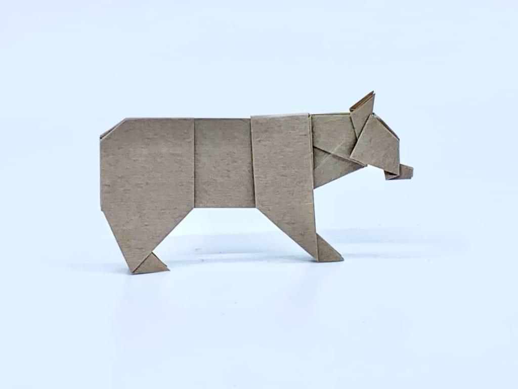 竹内ケイさんによるクマの折り紙