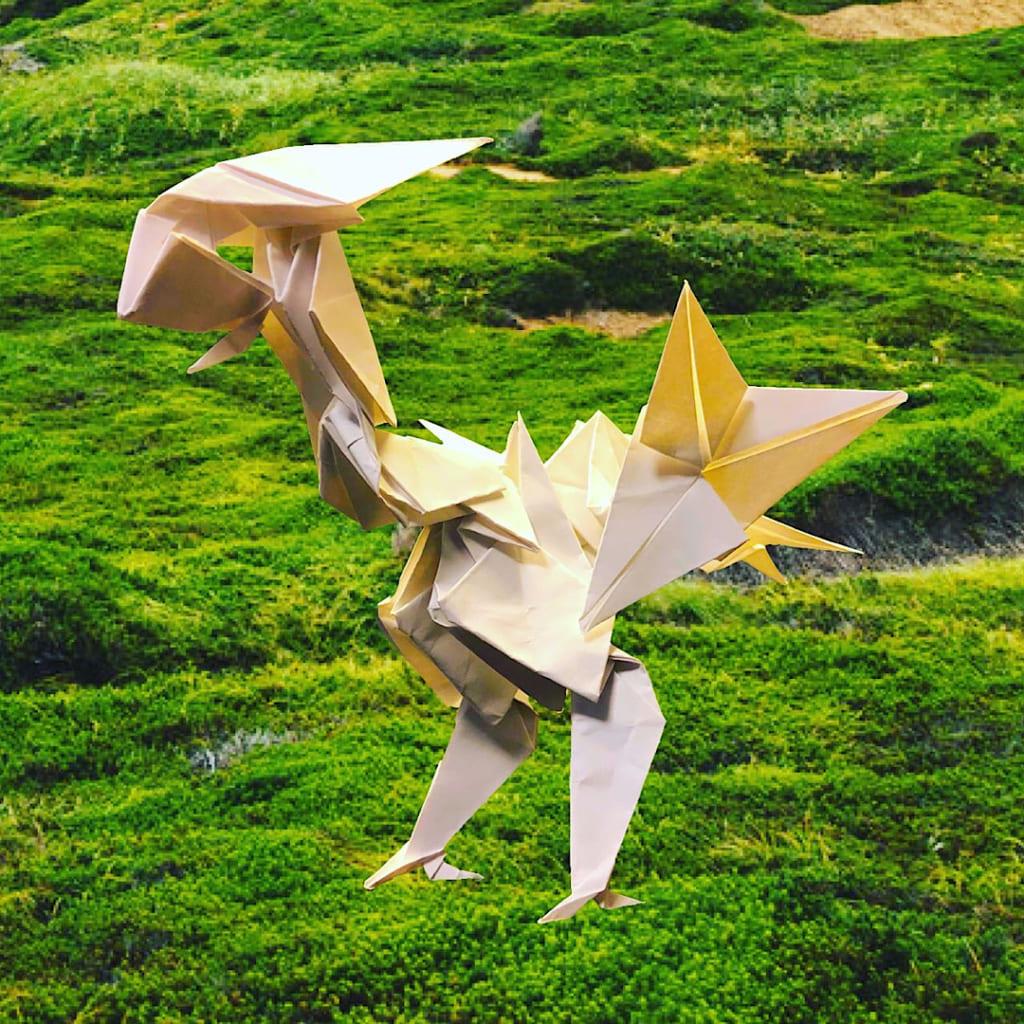 りょうすけ@組み立て折神工房Assembly Origami Workshopさんによる「恐鳥シュプレンゲン」 13枚の折り紙