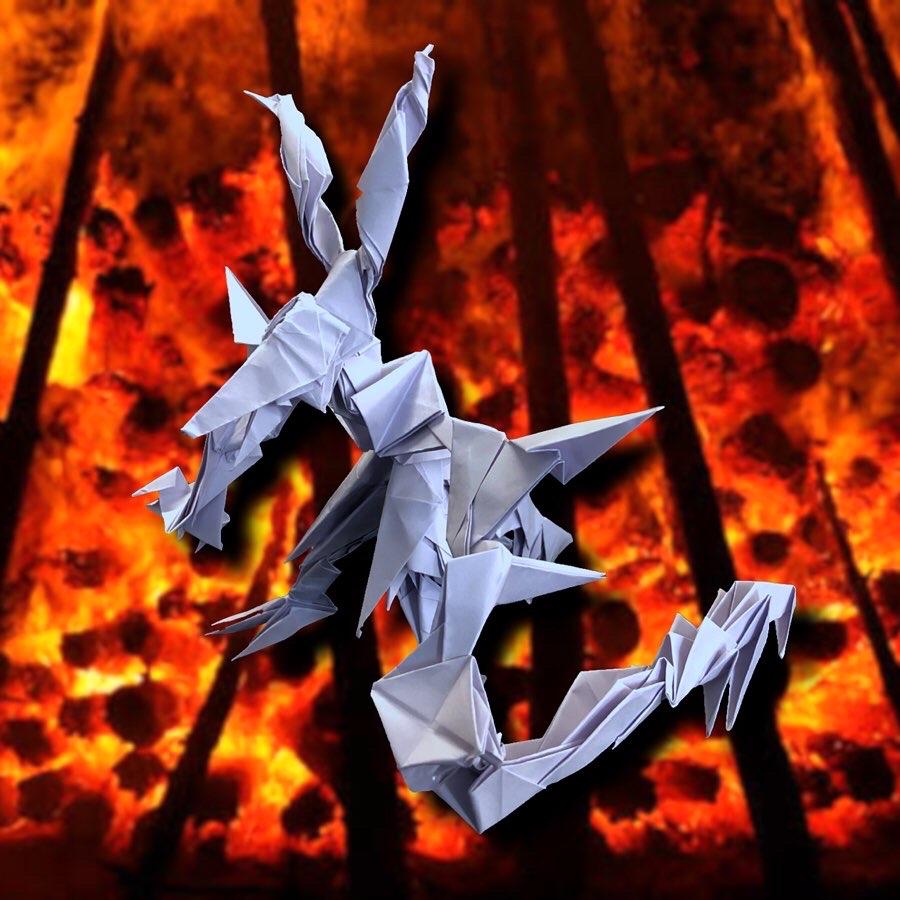 りょうすけ@組み立て折神工房Assembly Origami Workshopさんによる作品No.360「獄卒鬼メズキ」 32枚の折り紙