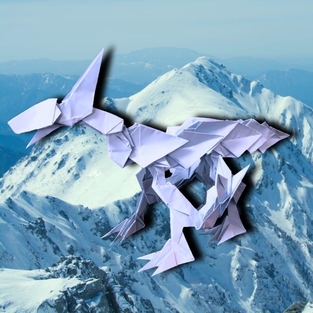 りょうすけ@組み立て折神工房Assembly Origami Workshopさんによる作品No.358「フロストザウルス」 26枚の折り紙
