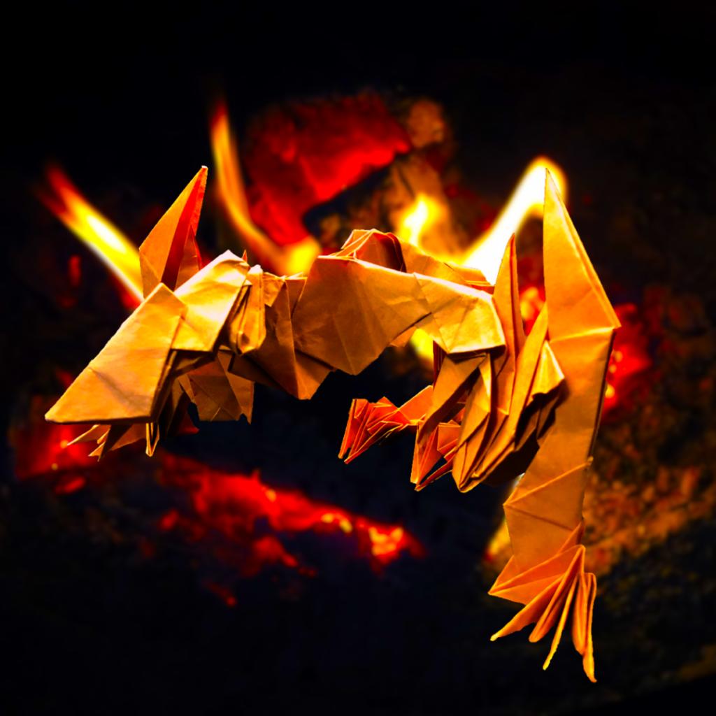 りょうすけ@組み立て折神工房Assembly Origami Workshopさんによる作品No.359「古代合獣ネメシス・ビースト」24枚の折り紙
