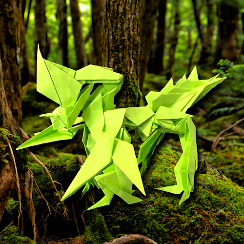 りょうすけ@組み立て折神工房Assembly Origami Workshopさんによる「角張龍ギュラヘッド」 23枚の折り紙