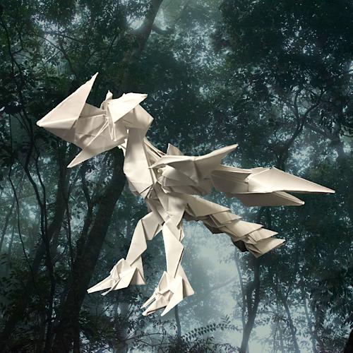 りょうすけ@組み立て折神工房Assembly Origami Workshopさんによる「霊鳥ペリュトン」 23枚の折り紙