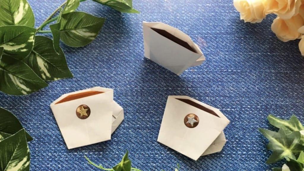 Oriya小町さんによるコーヒーカップの折り紙
