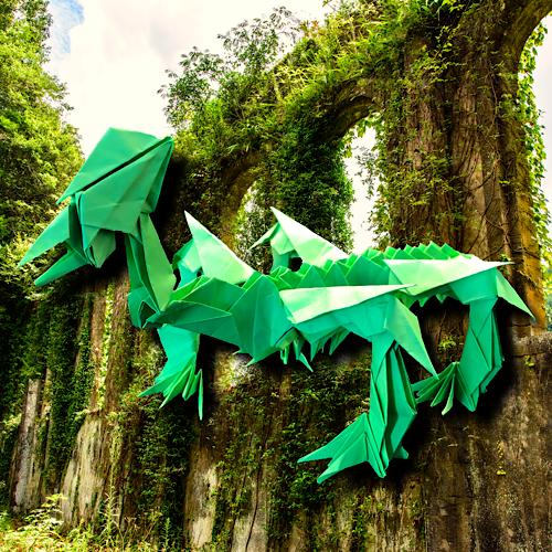 りょうすけ@組み立て折神工房Assembly Origami Workshopさんによる「誕辰」 31枚の折り紙
