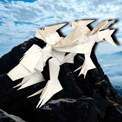 りょうすけ@組み立て折神工房Assembly Origami Workshopさんによる「肩骨龍ショルダー・ブレード」 23枚の折り紙