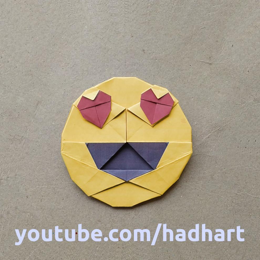 ハディさんによる目がハートの笑顔 絵文字 😍の折り紙