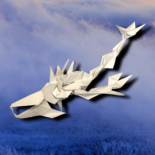 りょうすけ@組み立て折神工房Assembly Origami Workshopさんによる「朧龍」 19枚の折り紙