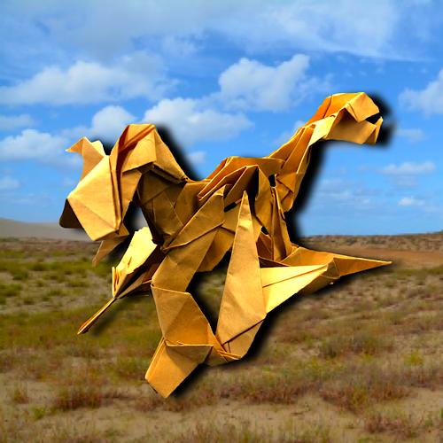 りょうすけ@組み立て折神工房Assembly Origami Workshopさんによる「地這龍ハウ」 15枚の折り紙