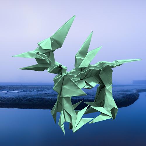 りょうすけ@組み立て折神工房Assembly Origami Workshopさんによる「ハイル・スキアマ」 21枚の折り紙