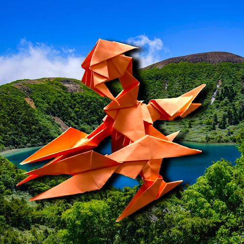 りょうすけ@組み立て折神工房Assembly Origami Workshopさんによる「赤爪龍タロン」 13枚の折り紙