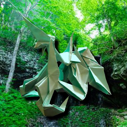 りょうすけ@組み立て折神工房Assembly Origami Workshopさんによる「鉤括龍ブラケッツ」 13枚の折り紙