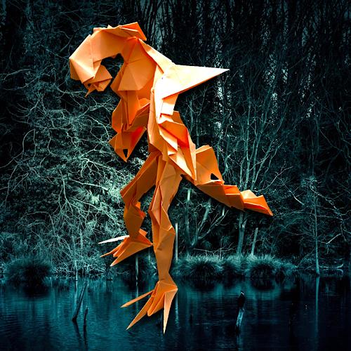 りょうすけ@組み立て折神工房Assembly Origami Workshopさんによる「ジョコウ」 20枚の折り紙