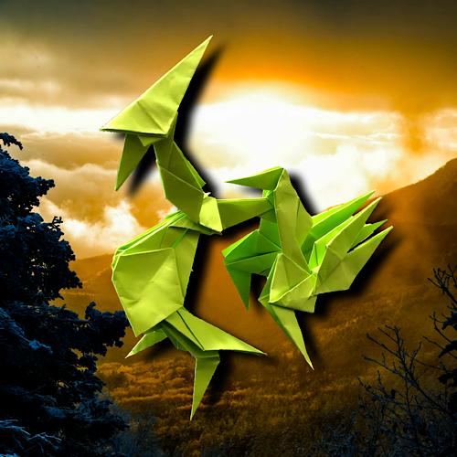 りょうすけ@組み立て折神工房Assembly Origami Workshopさんによる「アテリアル」 12枚の折り紙