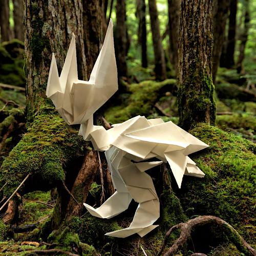 りょうすけ@組み立て折神工房Assembly Origami Workshopさんによる「ゲイルヘッド」 13枚の折り紙
