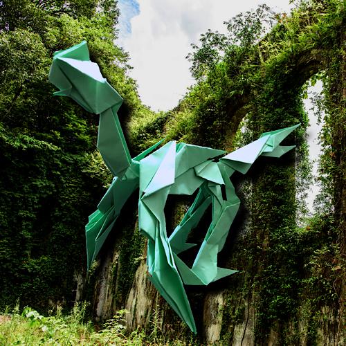 りょうすけ@組み立て折神工房Assembly Origami Workshopさんによる「リョクショリン」 14枚の折り紙