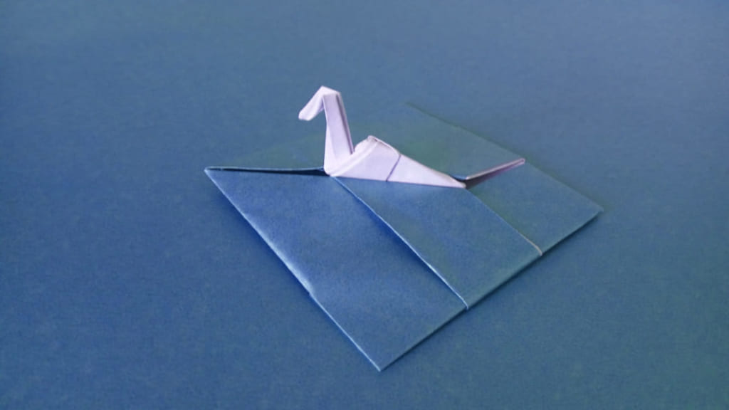 ハディさんによるネス湖の怪獣の折り紙