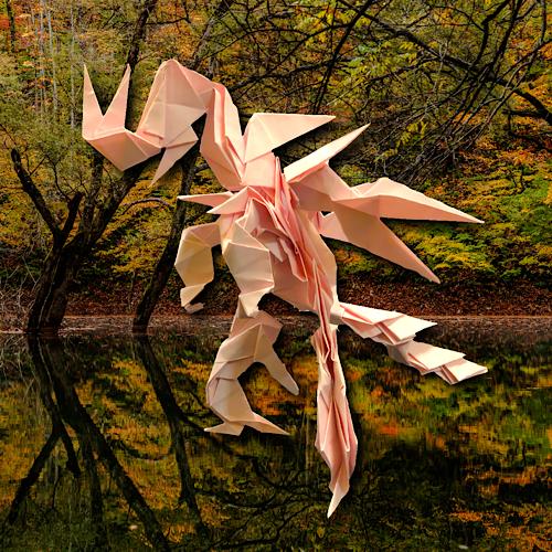りょうすけ@組み立て折神工房Assembly Origami Workshopさんによる「秋紅龍オータム」 24枚の折り紙