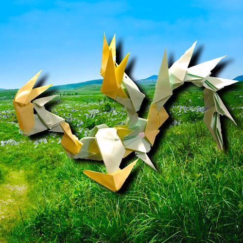 りょうすけ@組み立て折神工房Assembly Origami Workshopさんによる「サンダー・ティーダ」 23枚の折り紙