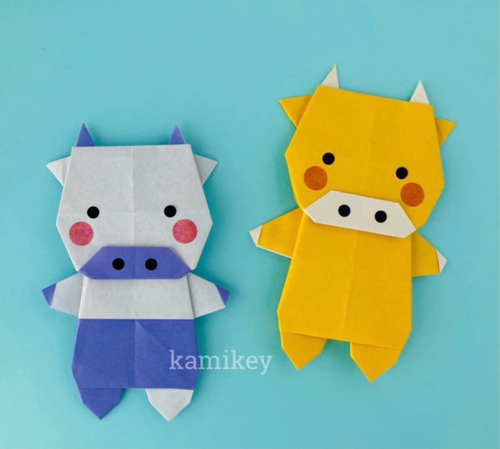 カミキィさんによるうし(立ちタイプ)の折り紙