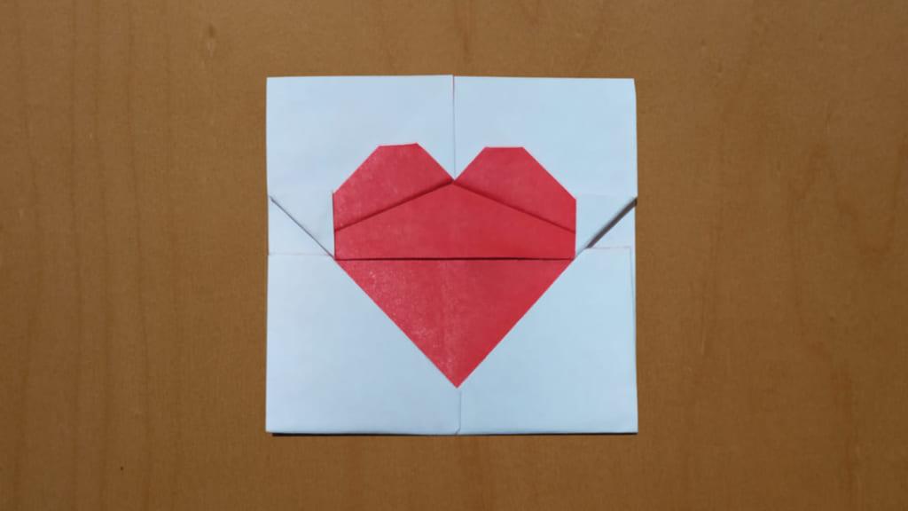 ハディさんによるハートの折り紙