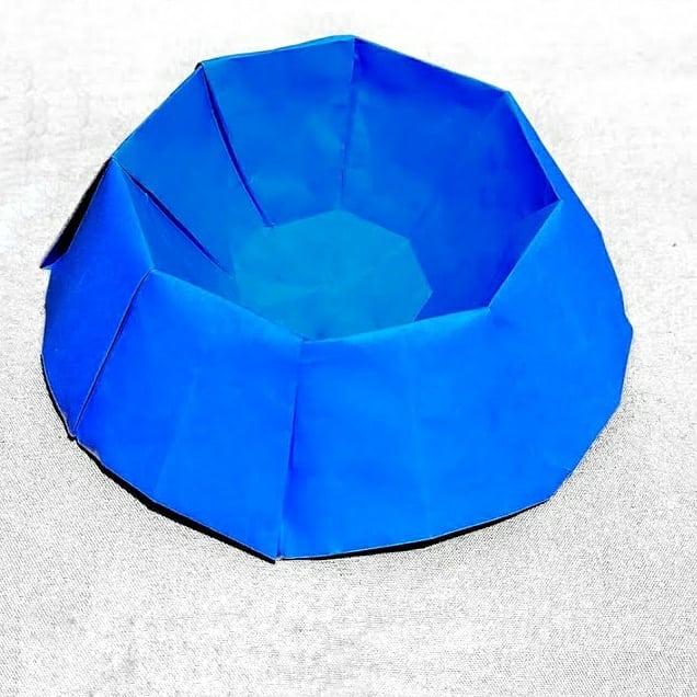 ハディさんによるボウルの折り紙