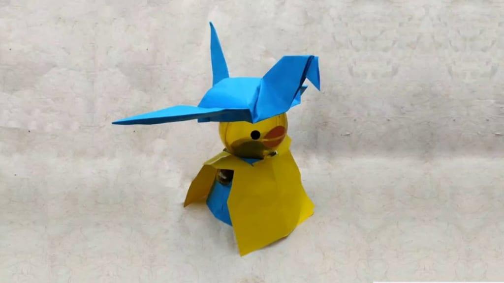ハディさんによる折り鶴帽子の折り紙