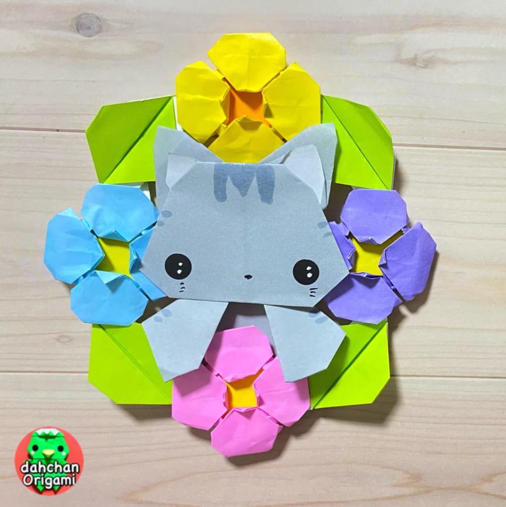 だ〜ちゃんさんによるひょっこり 猫の折り紙