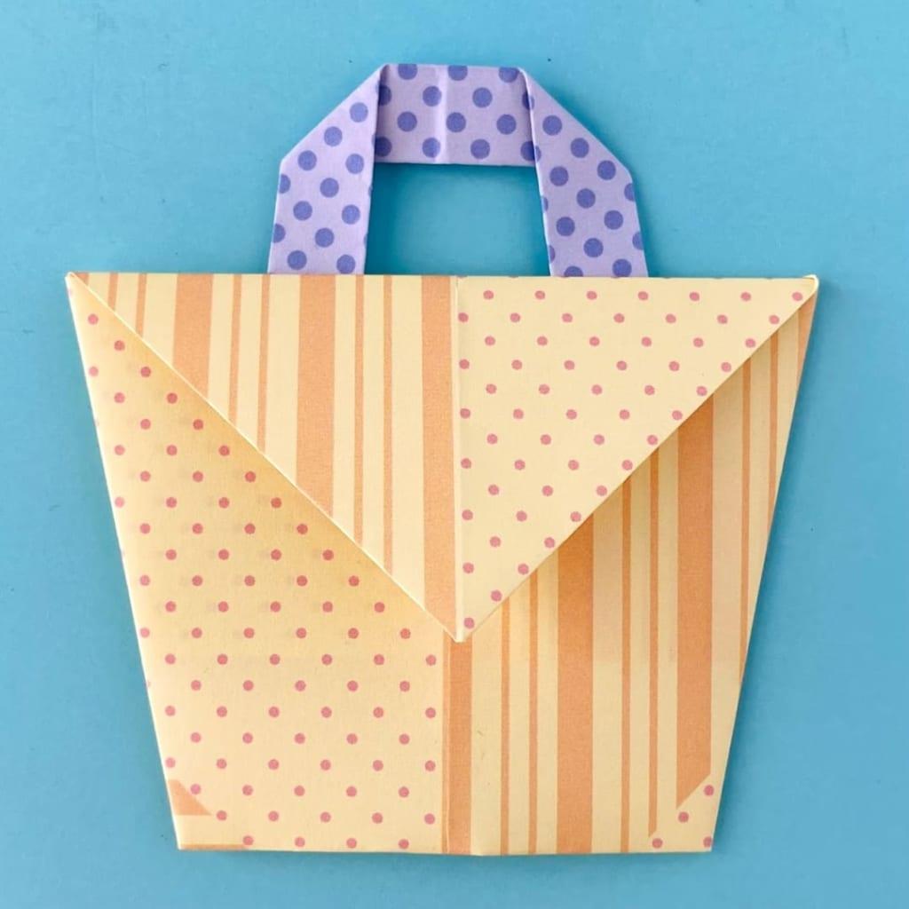 カミキィさんによるバッグ封筒の折り紙