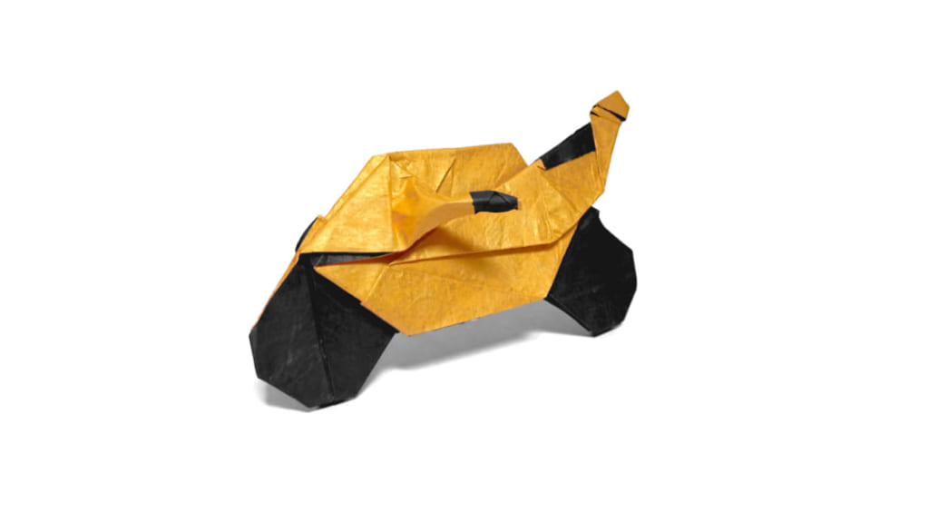 ハディさんによる折り紙バイクの折り紙