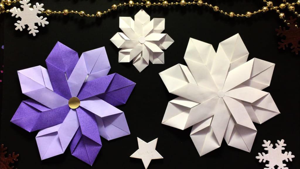 Oriya小町さんによる雪の結晶の折り紙